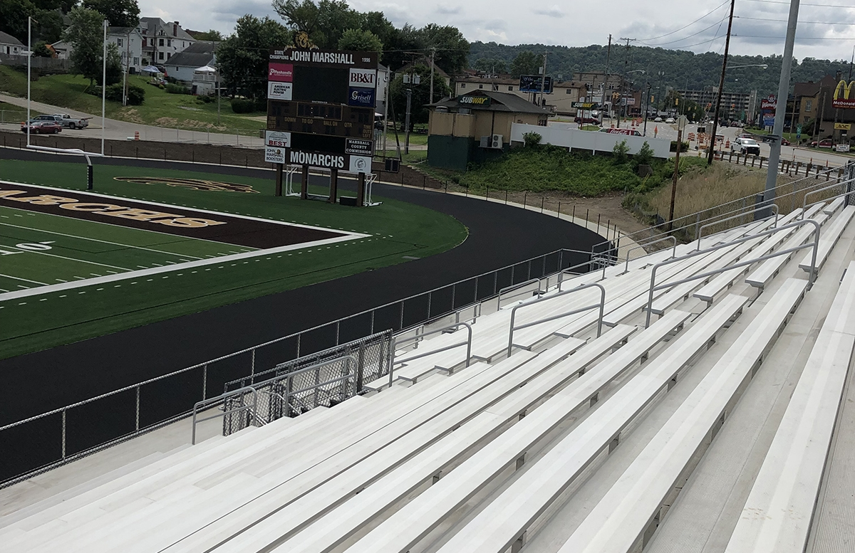 Aluminum bleacher seating